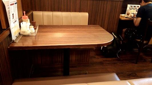 モーニング喫茶リヨン ボックス席