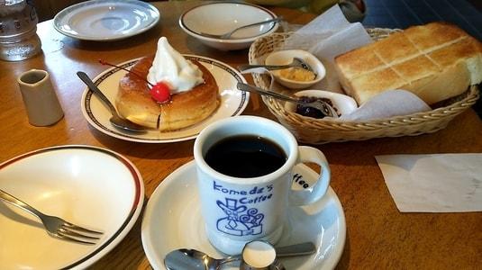 コメダ珈琲店の朝食