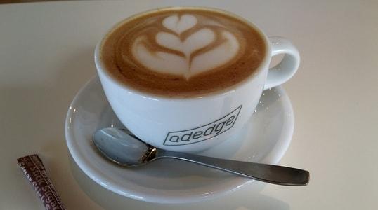 adedgeのカフェモカ