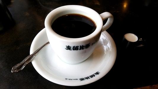 支留比亜本店のブレンドコーヒー 380円