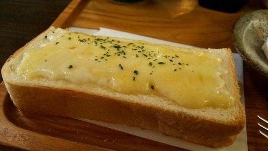 じょあんのチーズマヨネーズトースト