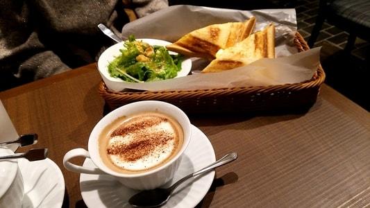 カフェモカとホット玉子サンドモーニング