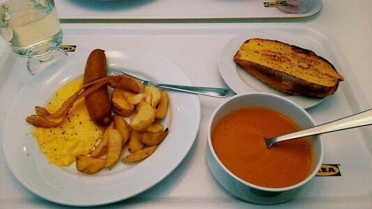 モーニングプレートとオマール海老のビスクとフレンチトースト