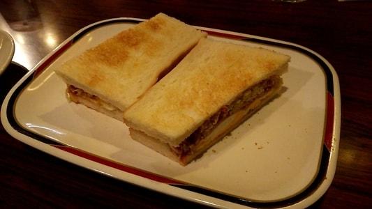 コンパル大須本店のハムエッグトースト