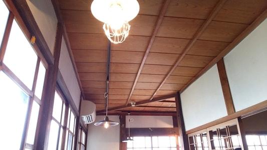 ハコテアコの照明と天井