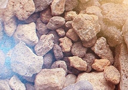 石 木くず 穀物など